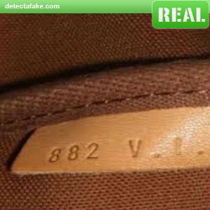 Louis Vuitton Purses - Step 6, picture 2