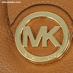 Michael Kors Purses - Step 2, picture 1
