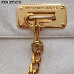Michael Kors Purses - Step 5, picture 1