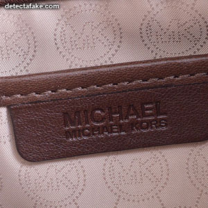 Michael Kors Purses - Step 6, picture 1