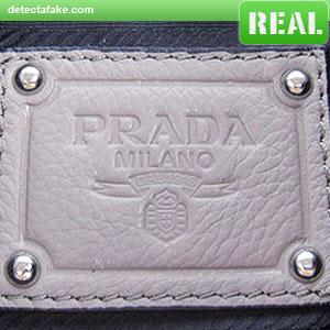Prada Purses - Step 8, picture 1